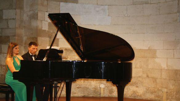 Pianoforte ROBERTO DI NAPOLI-Duo Pianistico TECLA ARGENTIERI e MATTEO NOTARNICOLA