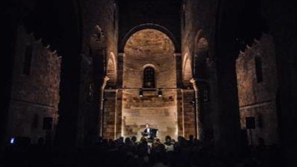ABBONAMENTO RASSEGNA DEDICATO A... 5 concerti
