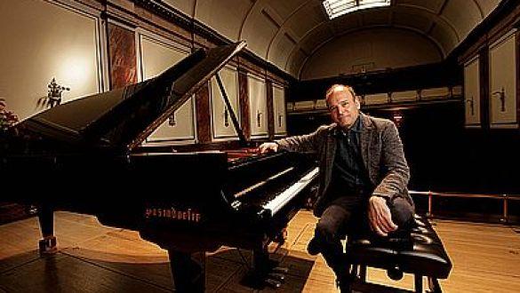 Pianista LOUIS LORTIE