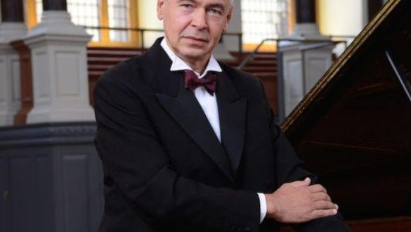 Pianista IVO POGORELICH