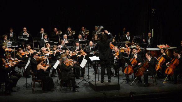 Inaugurazione di Stagione: TRIBUTO A FEDERICO FELLINI - ORCHESTRA DELLA MAGNA GRECIA - Direttore: PIERO ROMANO - Vocalist: KARIMA