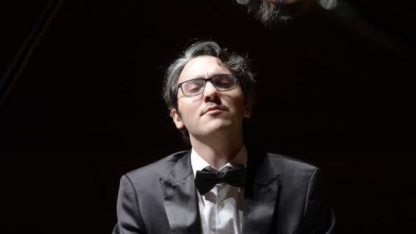 Pianista ALEXANDER GADJIEV