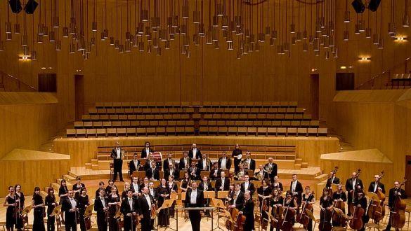 ORCHESTRA DI KIEV - Direttore VOLODYMYR SHEIKO - Pianista GIUSEPPE ANDALORO